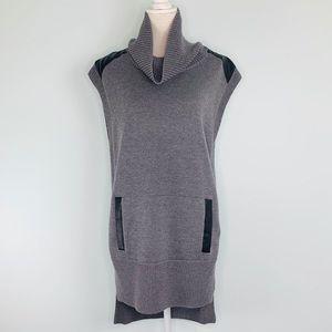 Banana Republic Grey Sleeveless Knit Sweater Sz M